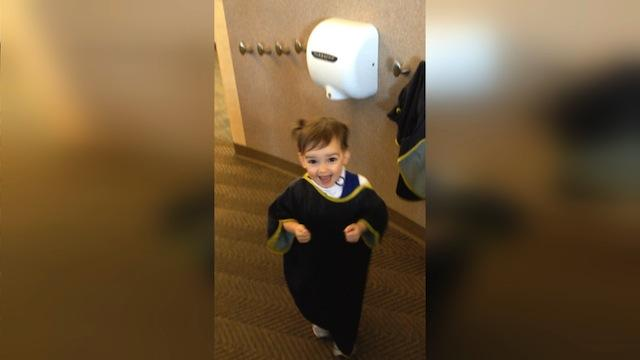 2 Year Old Discovers XLERATOR Hand Dryer for First Time